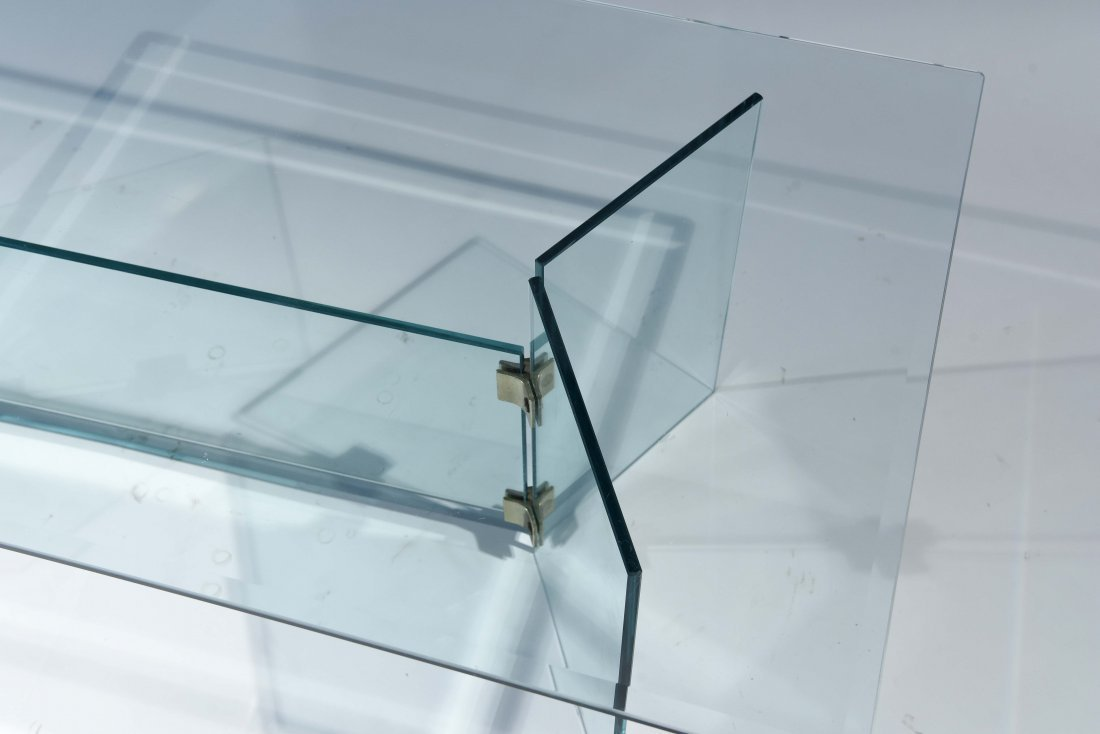 PACE STYLE GLASS COFFEE TABLE - 2