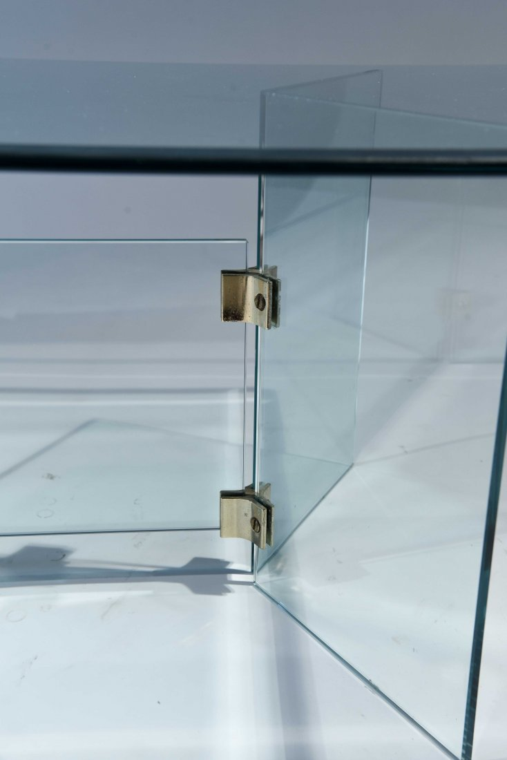 PACE STYLE GLASS COFFEE TABLE - 3