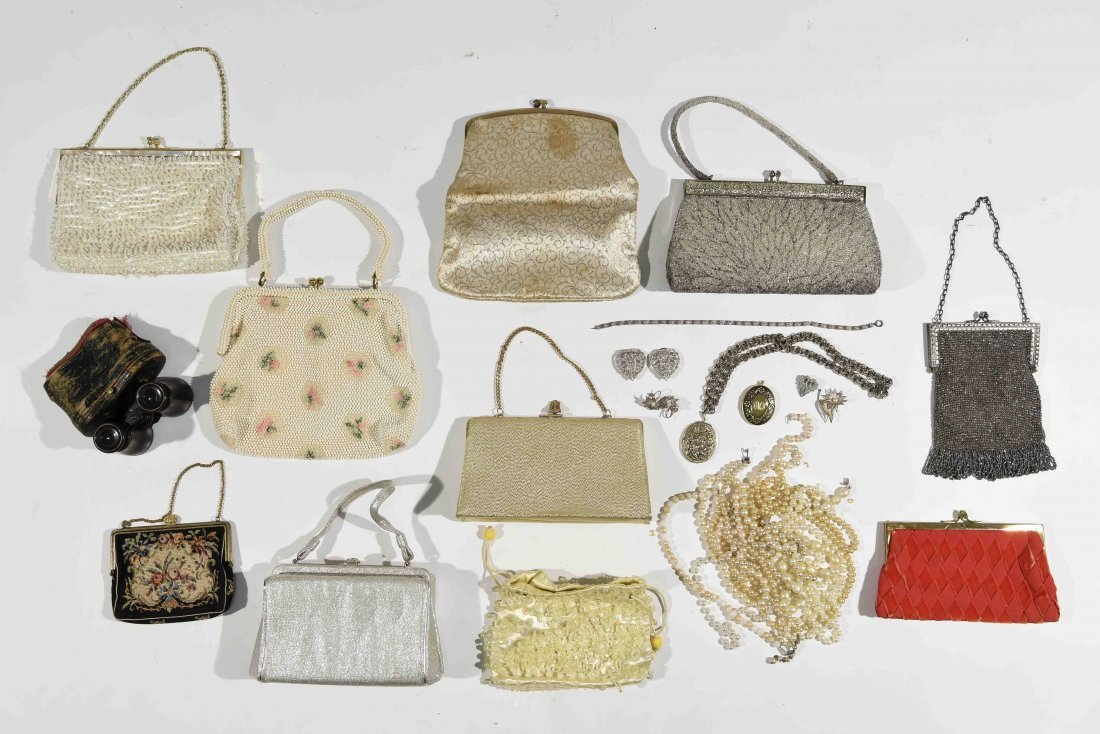 GROUPING OF VINTAGE PURSES AND COSTUME JEWELRY