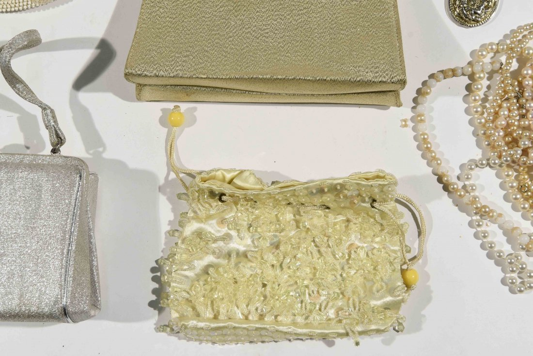 GROUPING OF VINTAGE PURSES AND COSTUME JEWELRY - 2