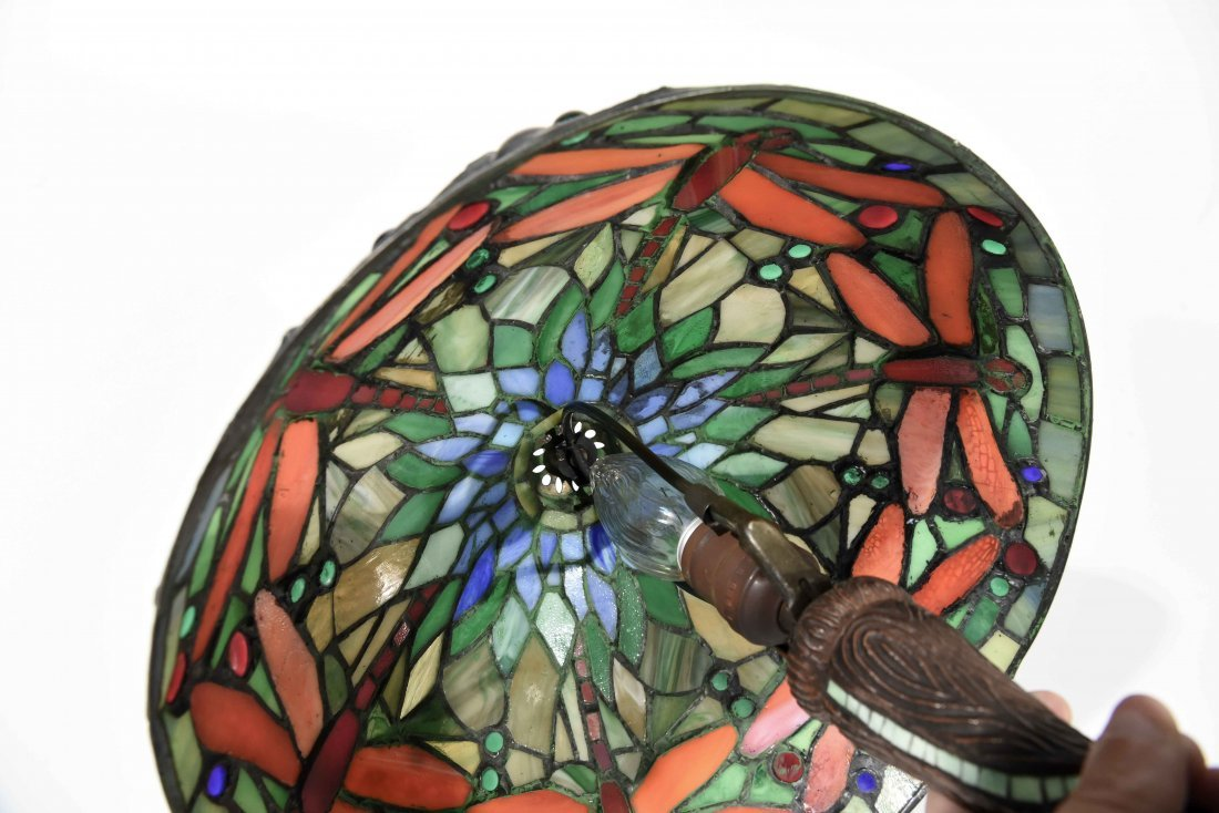 LATE 20TH C. STAINED GLASS LAMP - 7
