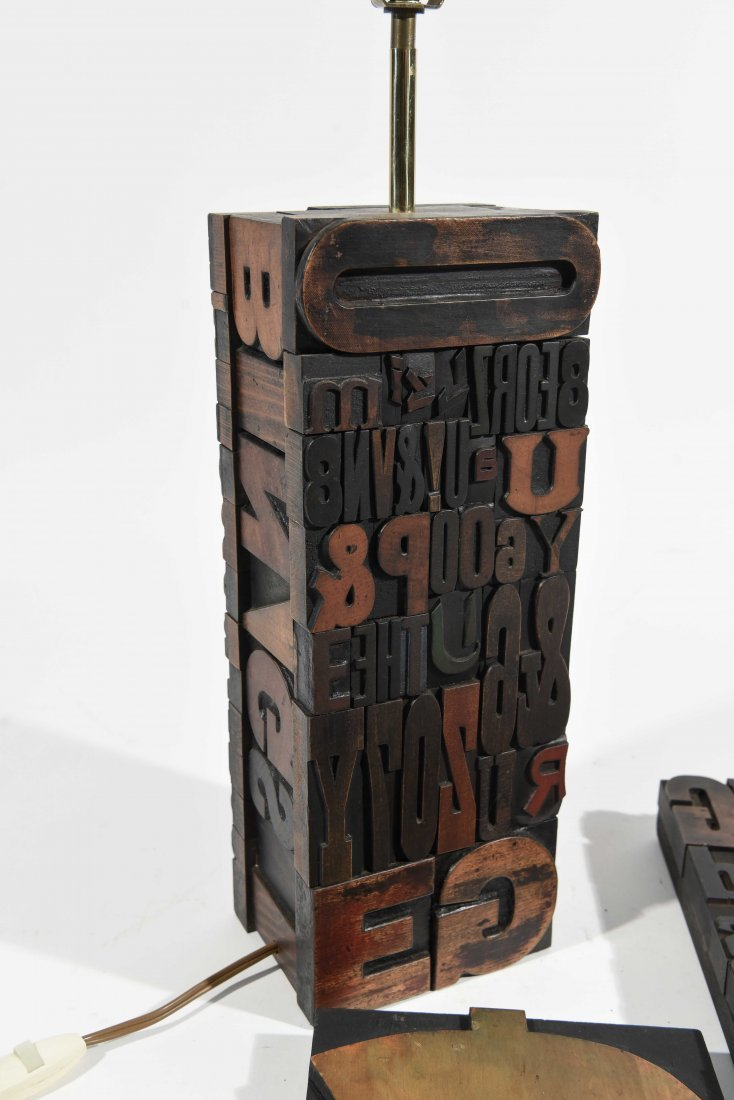 VINTAGE TYPE SCULPTURE AND LAMP - 6