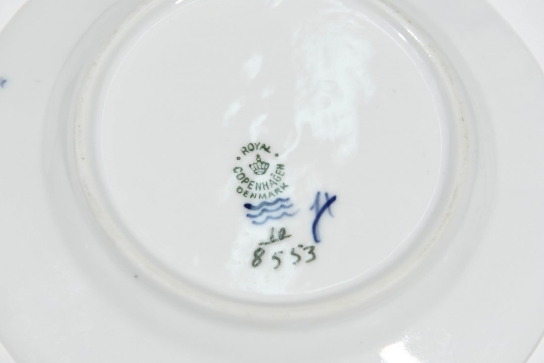 ROYAL COPENHAGEN PORCELAIN DINNER SERVICE - 10