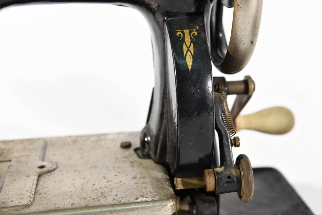 TWO MINIATURE SEWING MACHINES - 4