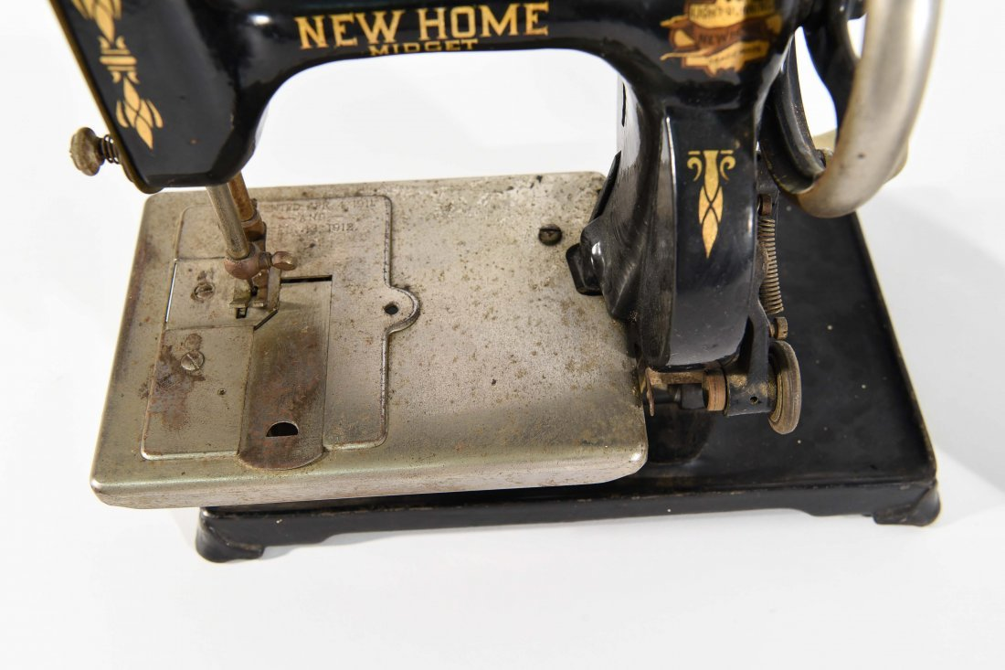 TWO MINIATURE SEWING MACHINES - 5