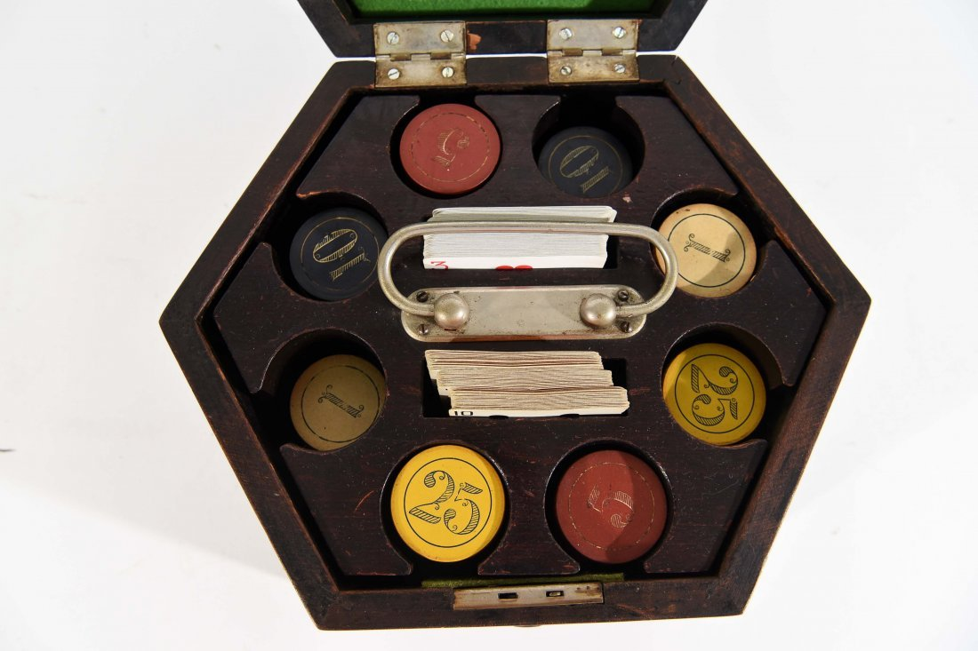 VINTAGE POKER CHIP GAMING SET - 2