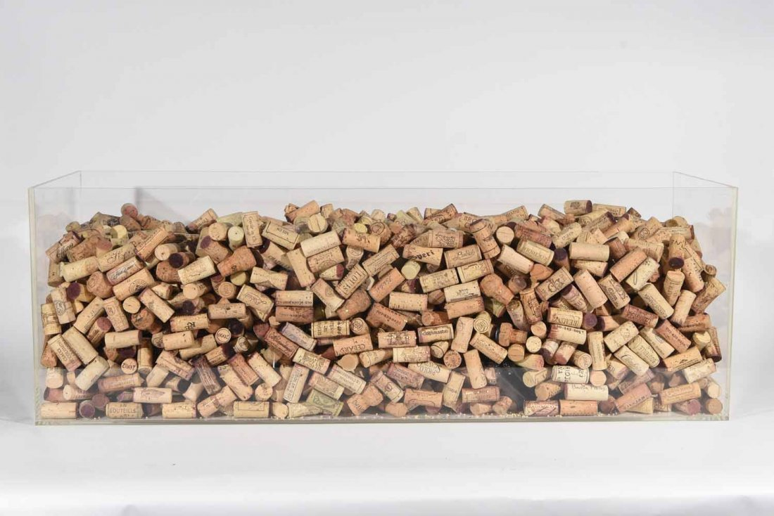 GROUPING OF WINE CORKS