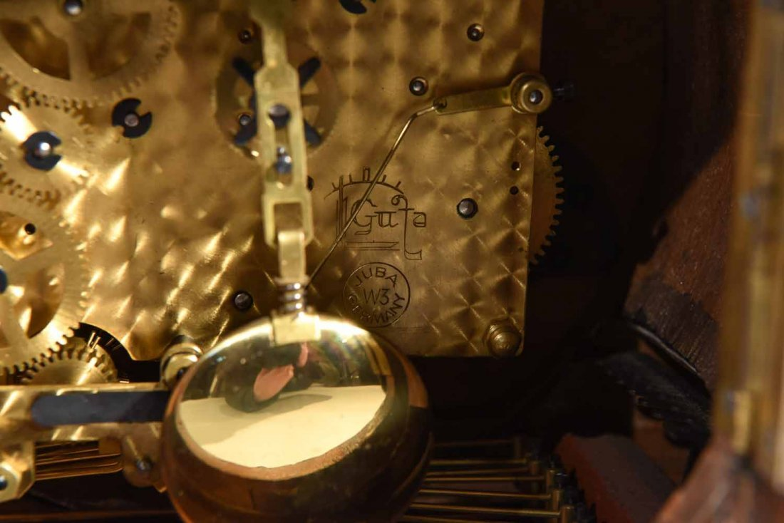 ART DECO MANTLE CLOCK - 9