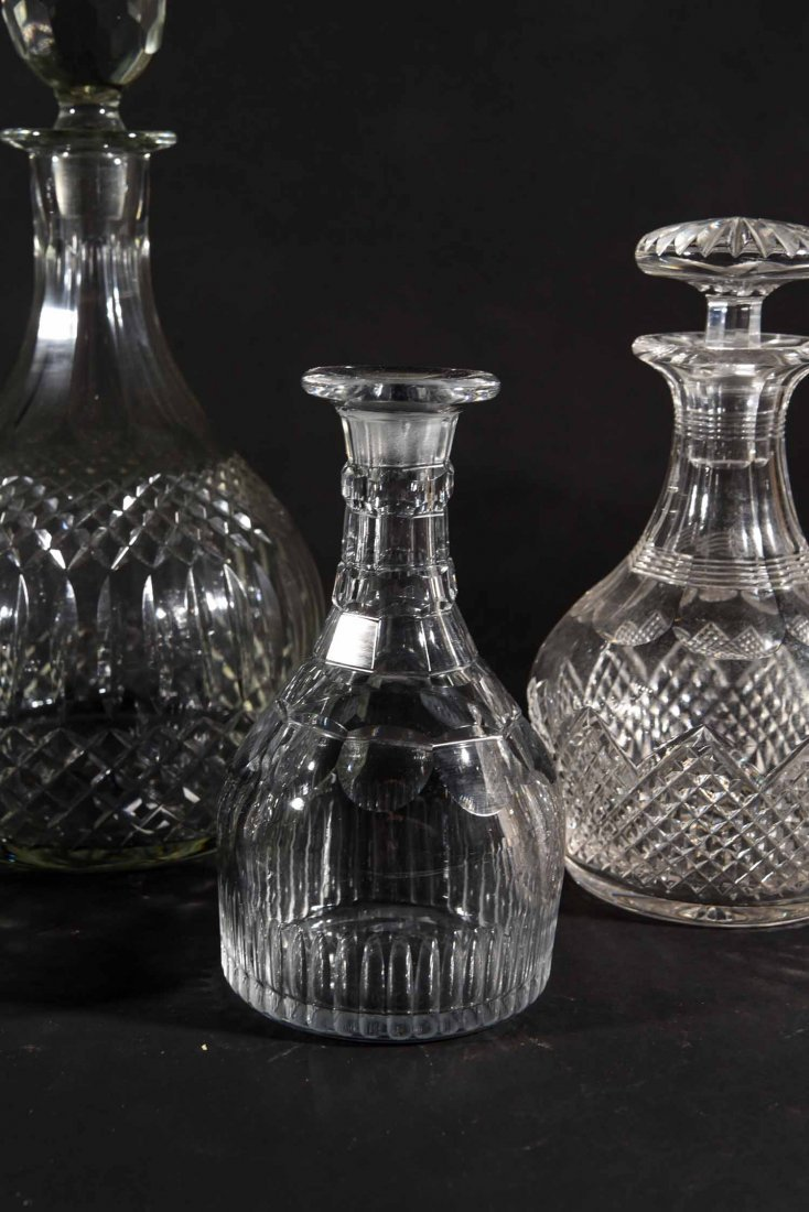 19TH CENTURY ENGLISH DECANTERS - 4