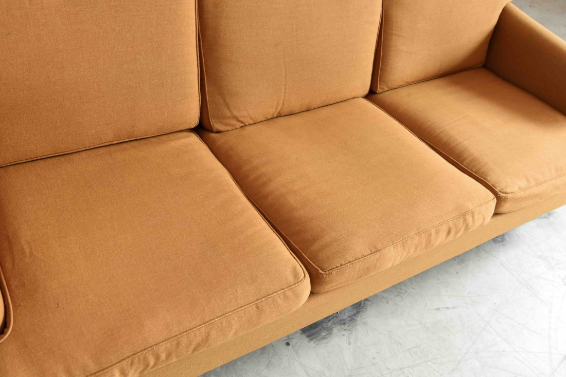 DUX THREE SEATER SOFA - 4