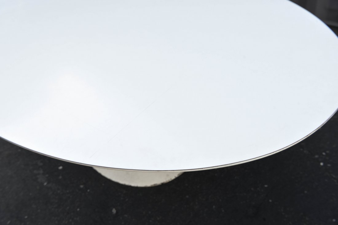 EERO SARRINEN OVAL TABLE - 4