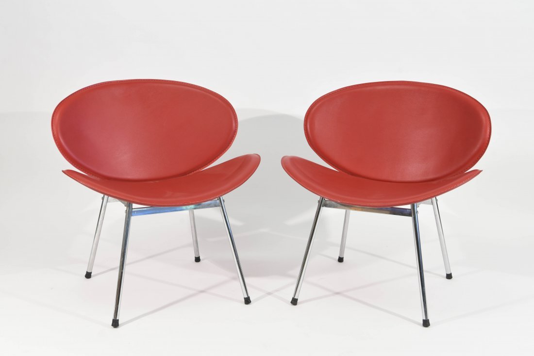 PAIR OF MID-CENTURY STYLE CLAM CHAIRS