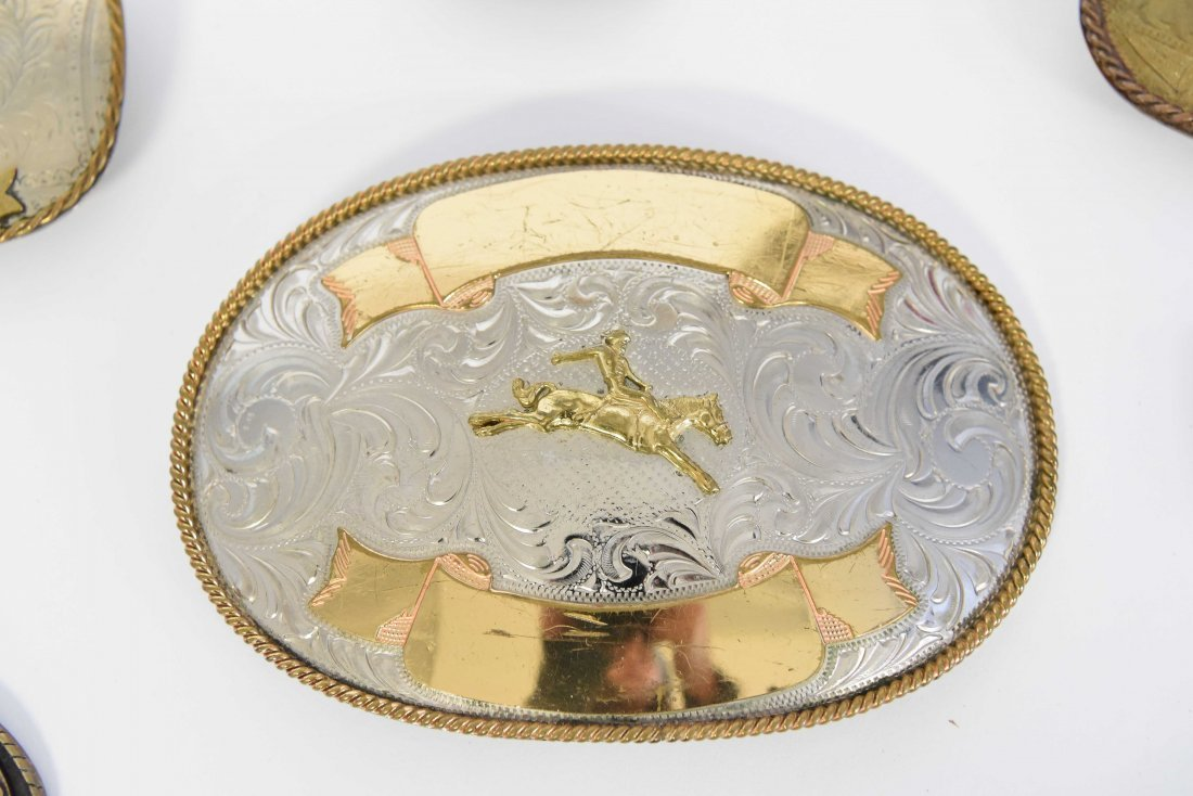 GROUPING OF WESTERN BELT BUCKLES W/ HORSES - 2
