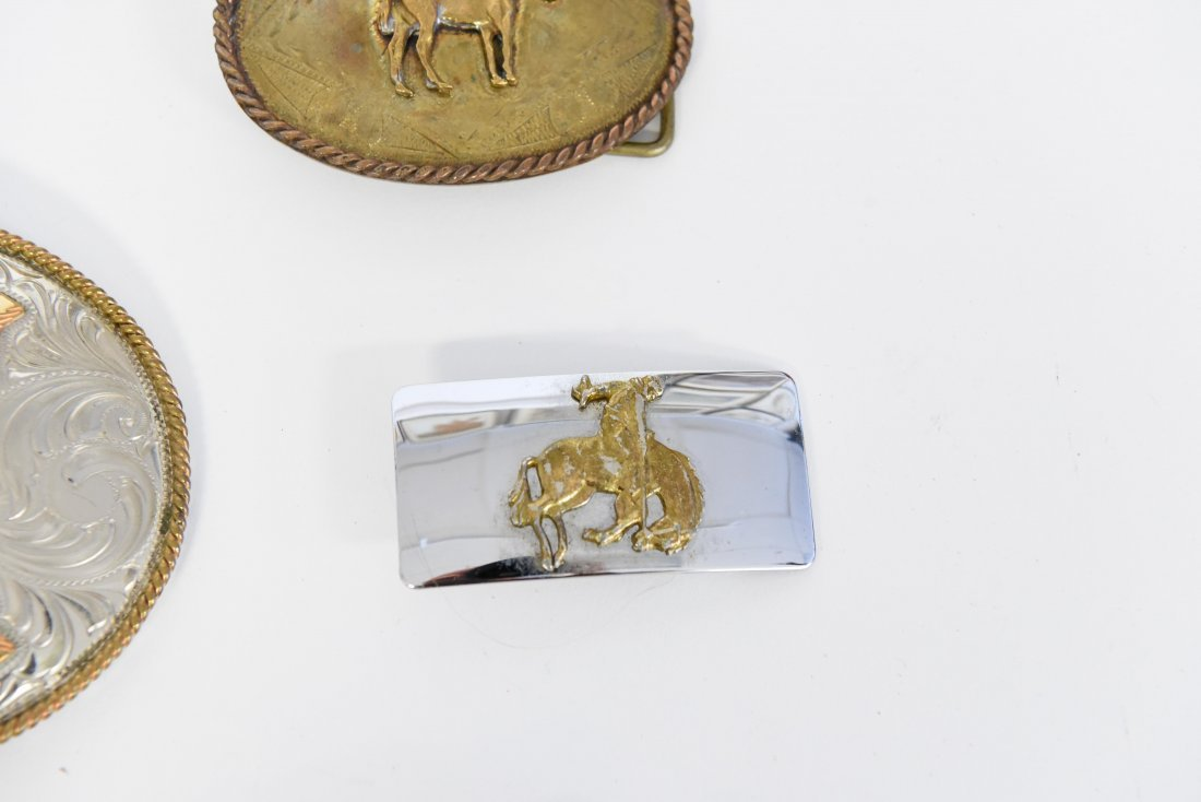 GROUPING OF WESTERN BELT BUCKLES W/ HORSES - 4