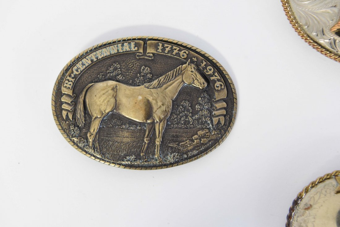 GROUPING OF WESTERN BELT BUCKLES W/ HORSES - 6
