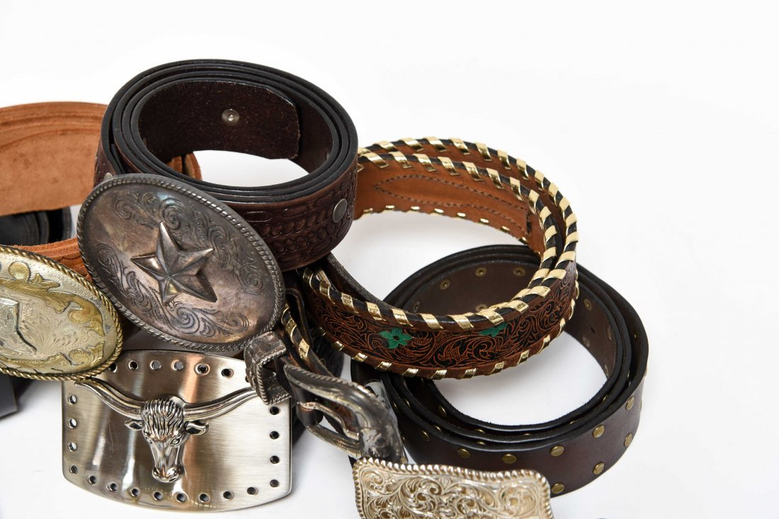 GROUPING OF WESTERN BELTS AND BUCKLES - 9