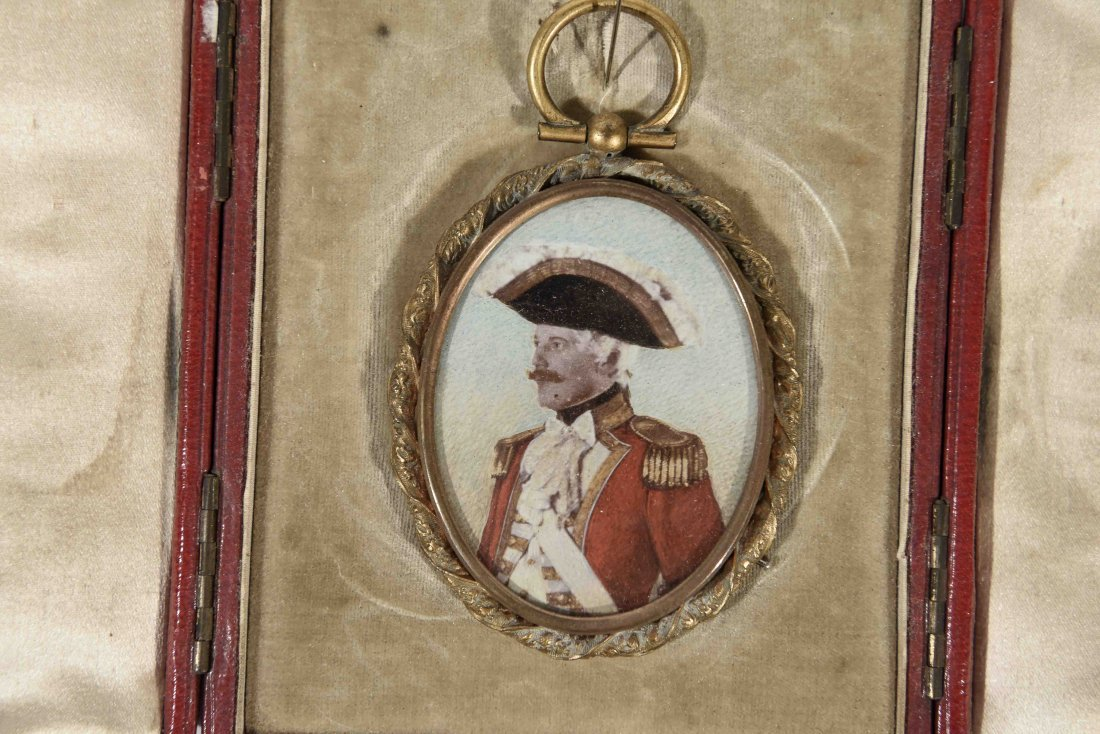 19TH C. PENDANT WITH SOLIDERS PORTRAIT - 2
