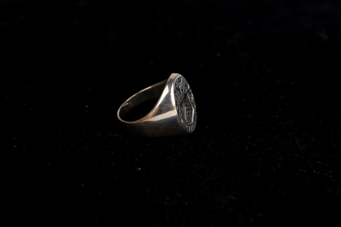 SILVER SIGNET CREST RING - 4