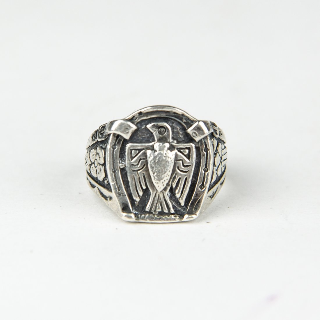NAVAJO SILVER EAGLE RING