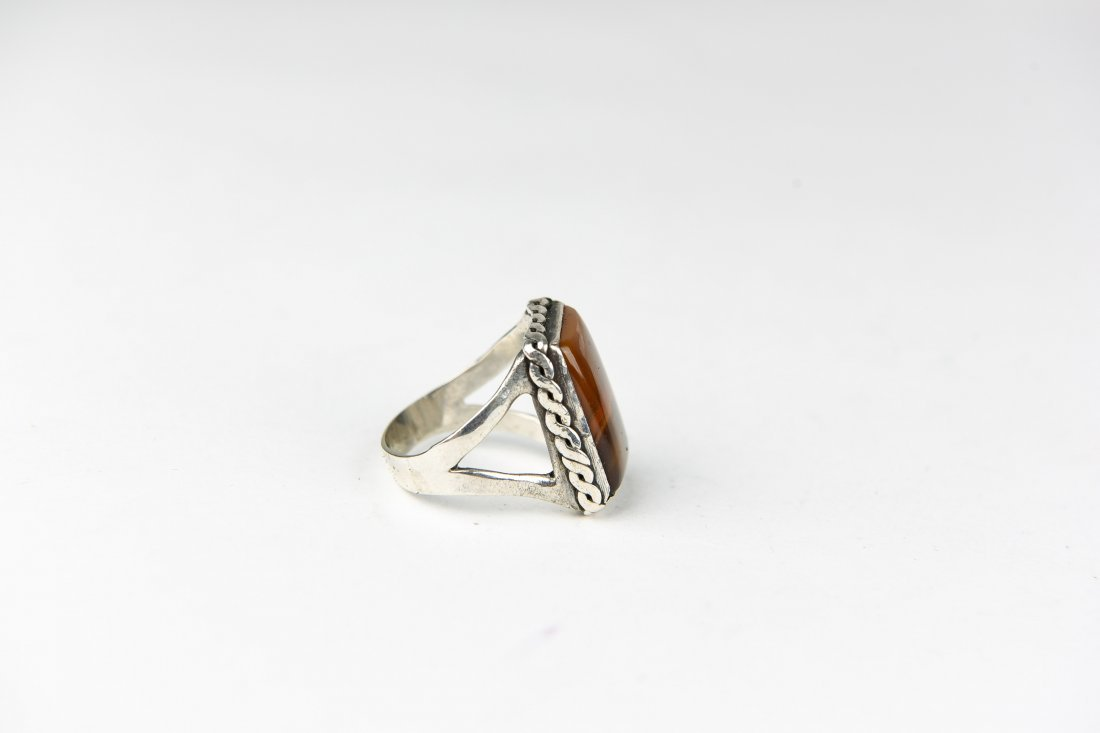 STERLING AND AGATE RING - 4