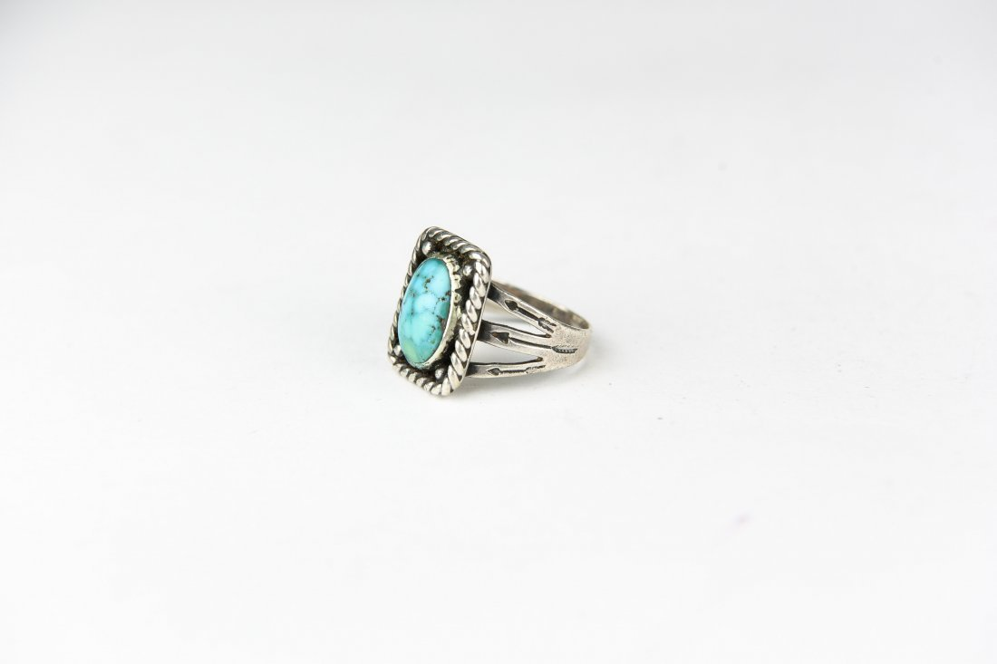 NAVAJO STERLING AND TURQUOISE RING - 2