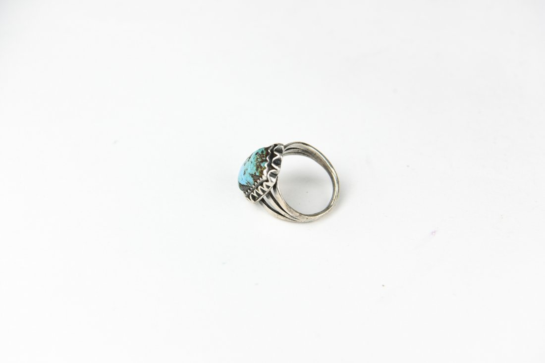 NATIVE AMERICAN STERLING AND TURQUOISE RING - 5