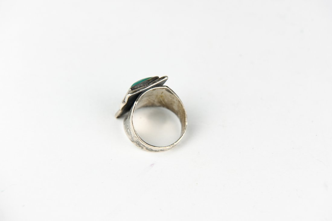 NATIVE AMERICN STERLING AND TURQUOISE RING - 5