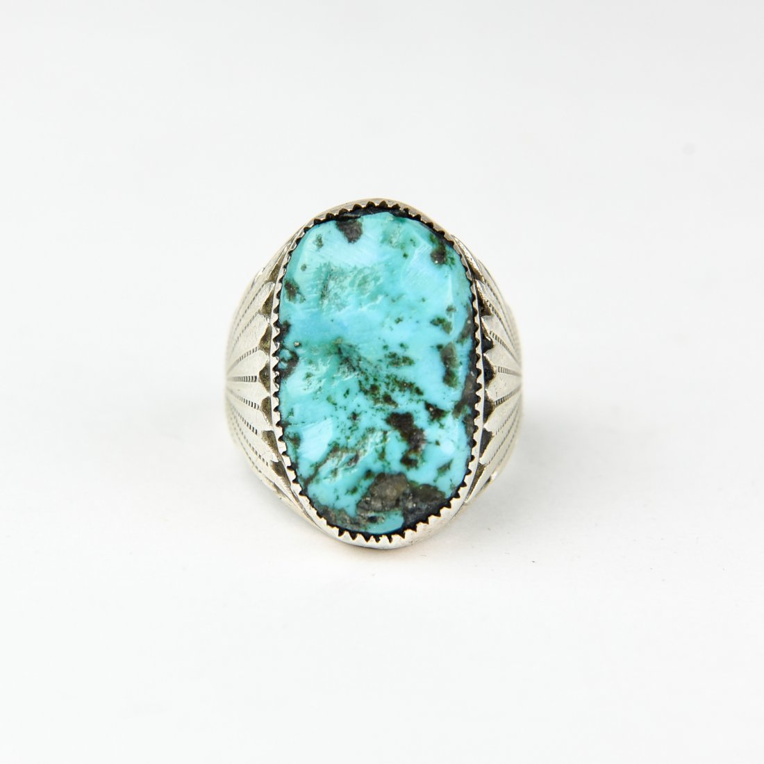 HEAVY NAVAJO STERLING AND TURQUOISE RING