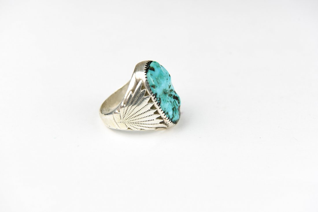 HEAVY NAVAJO STERLING AND TURQUOISE RING - 4
