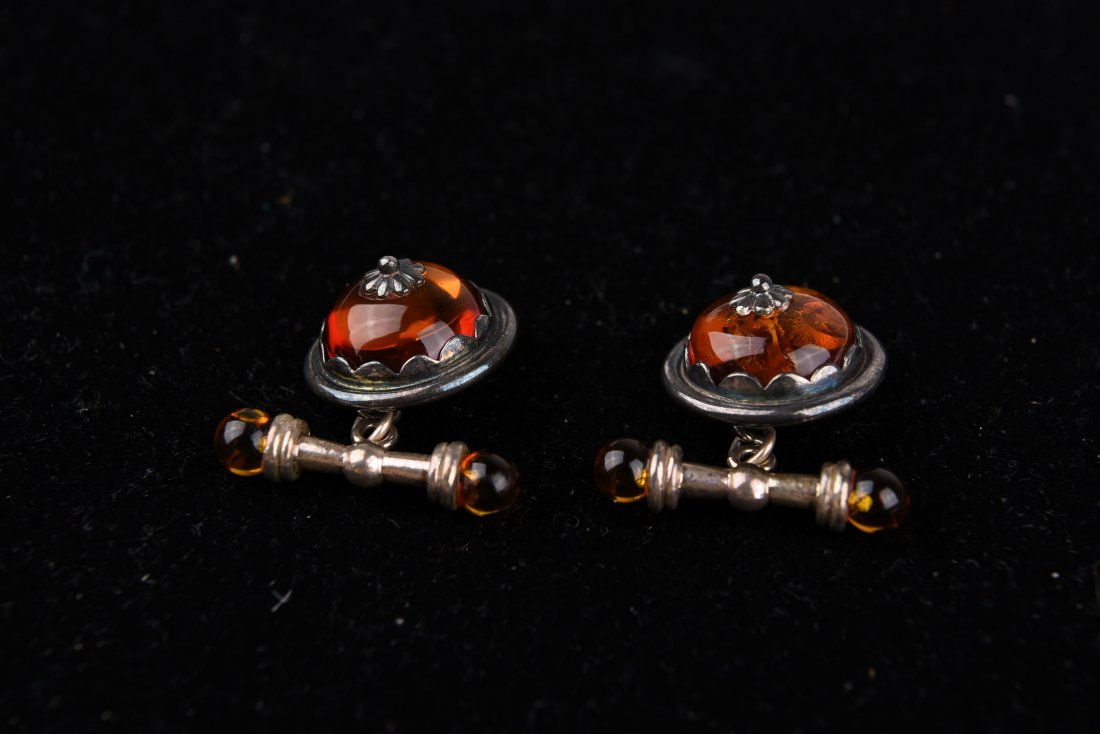 AMBER AND SILVER CUFFLINKS - 3