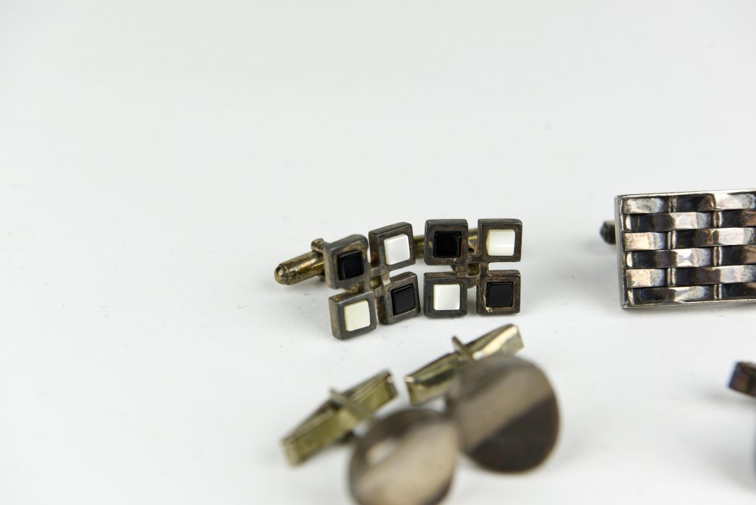 (6) PAIR OF MODERNIST STERLING SILVER CUFFLINKS - 7