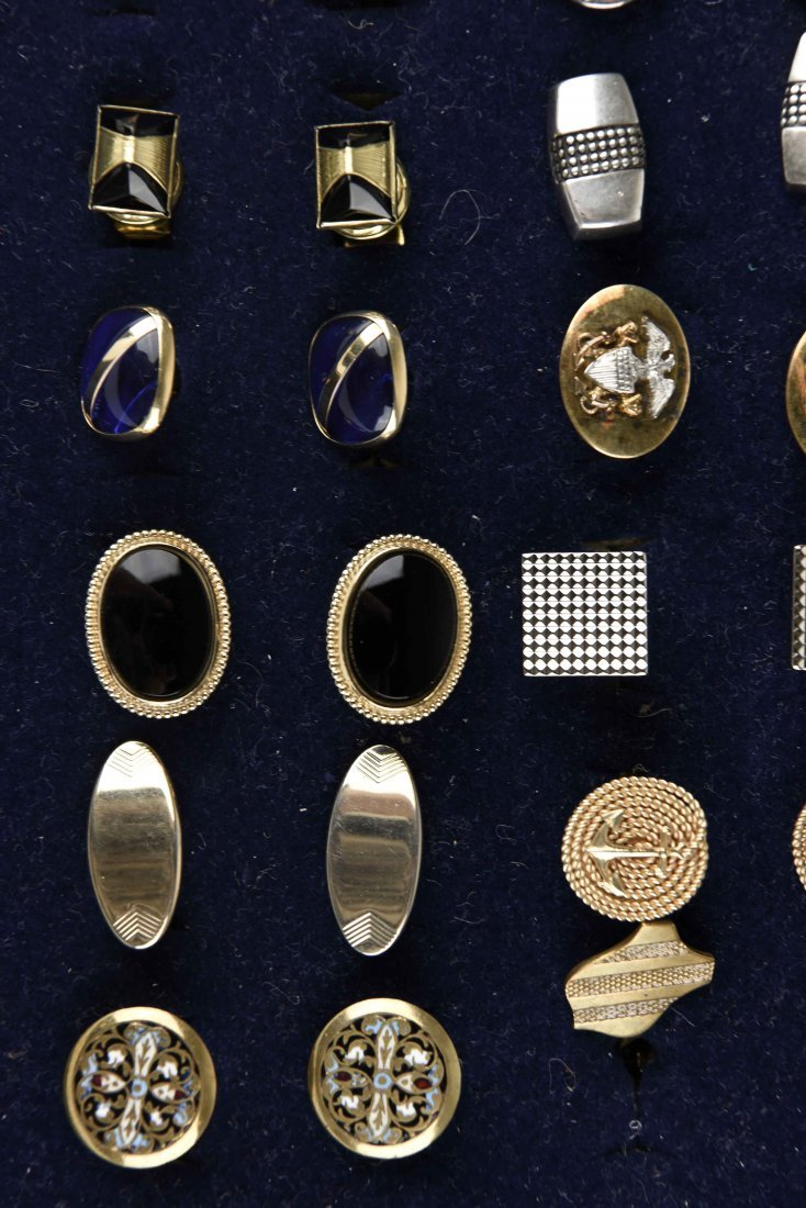 LARGE GROUPING OF VINTAGE CUFFLINKS - 7