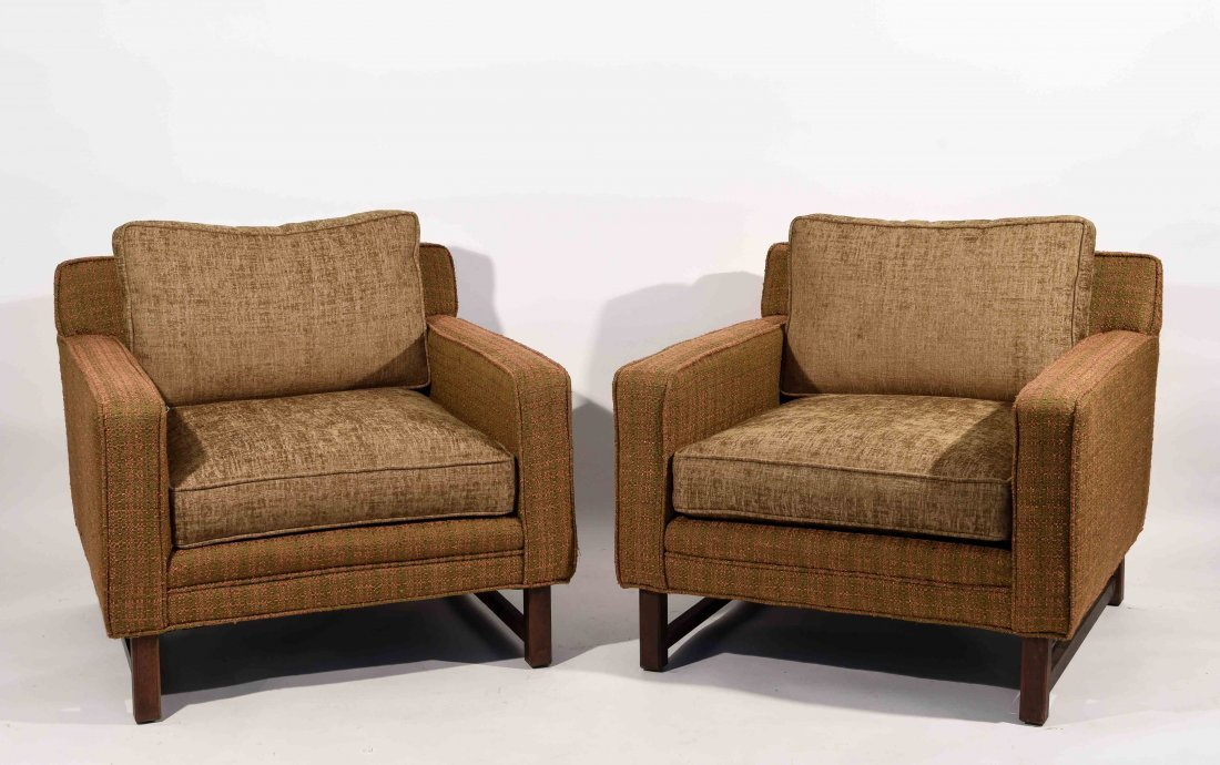 PAIR OF DIRECTIONAL CHAIRS ATTR. TO PAUL MCCOBB