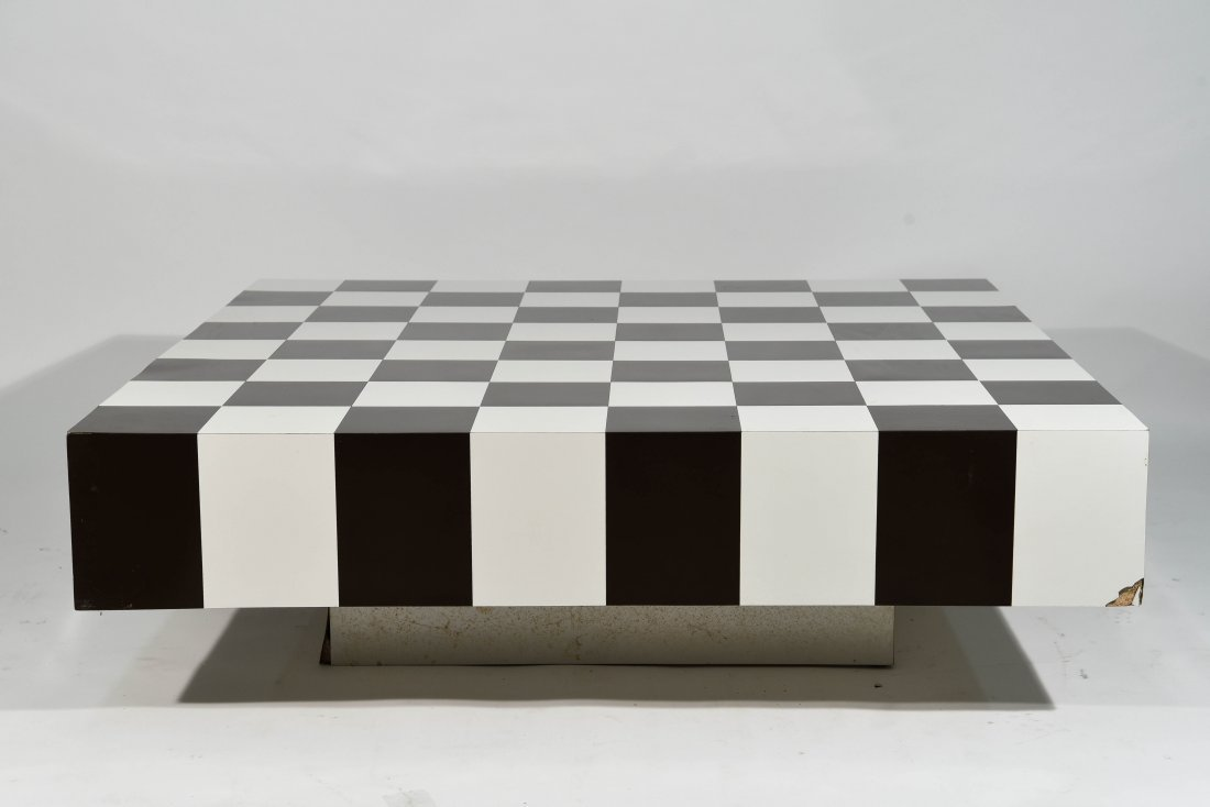 CHECKERBOARD PATTERN COFFEE TABLE