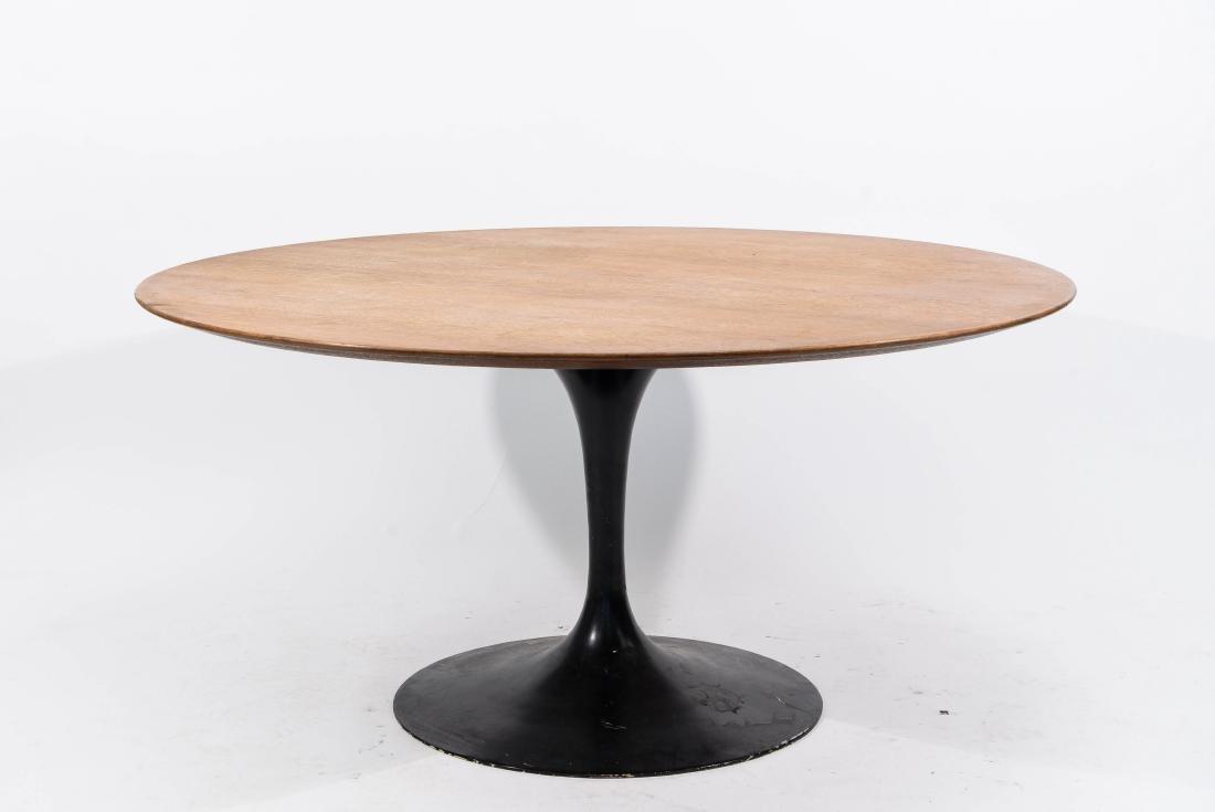 EERO SAARINEN KNOLL DINING TABLE