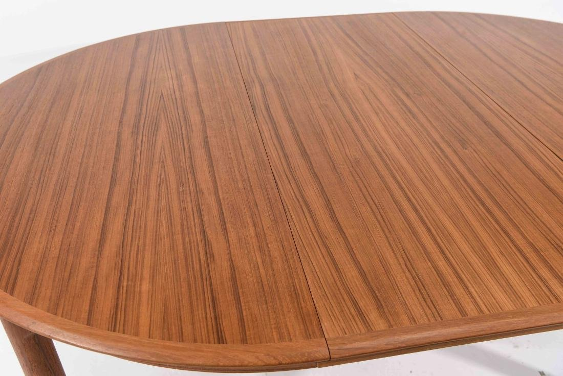 DANISH TEAK DINING TABLE WITH 2 LEAVES - 2