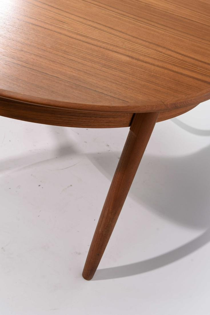 DANISH TEAK DINING TABLE WITH 2 LEAVES - 4