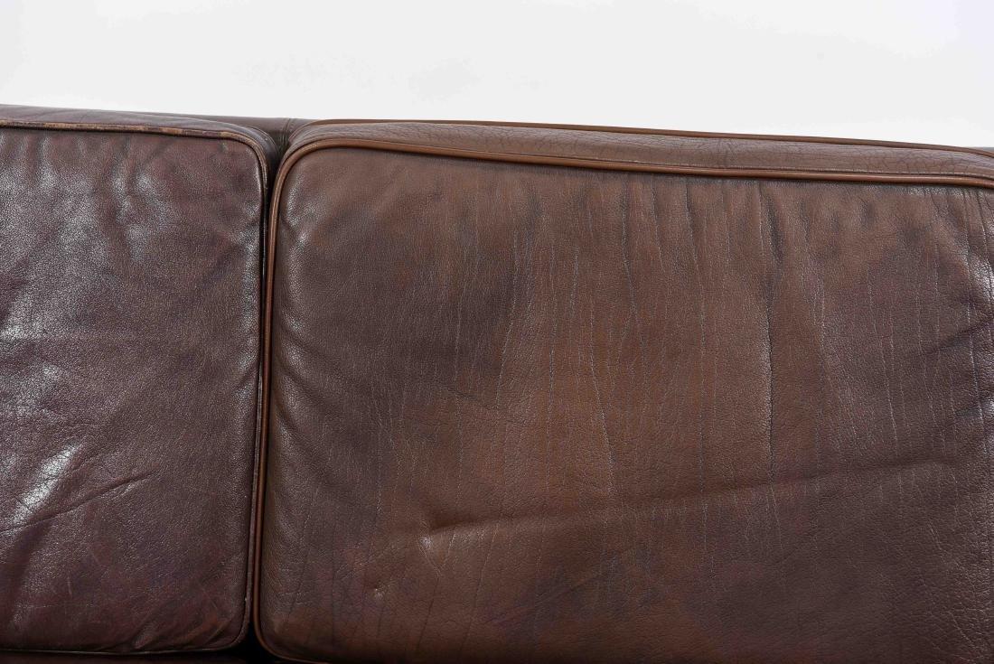BORGE MOGENSEN THREE SEAT LEATHER SOFA - 2