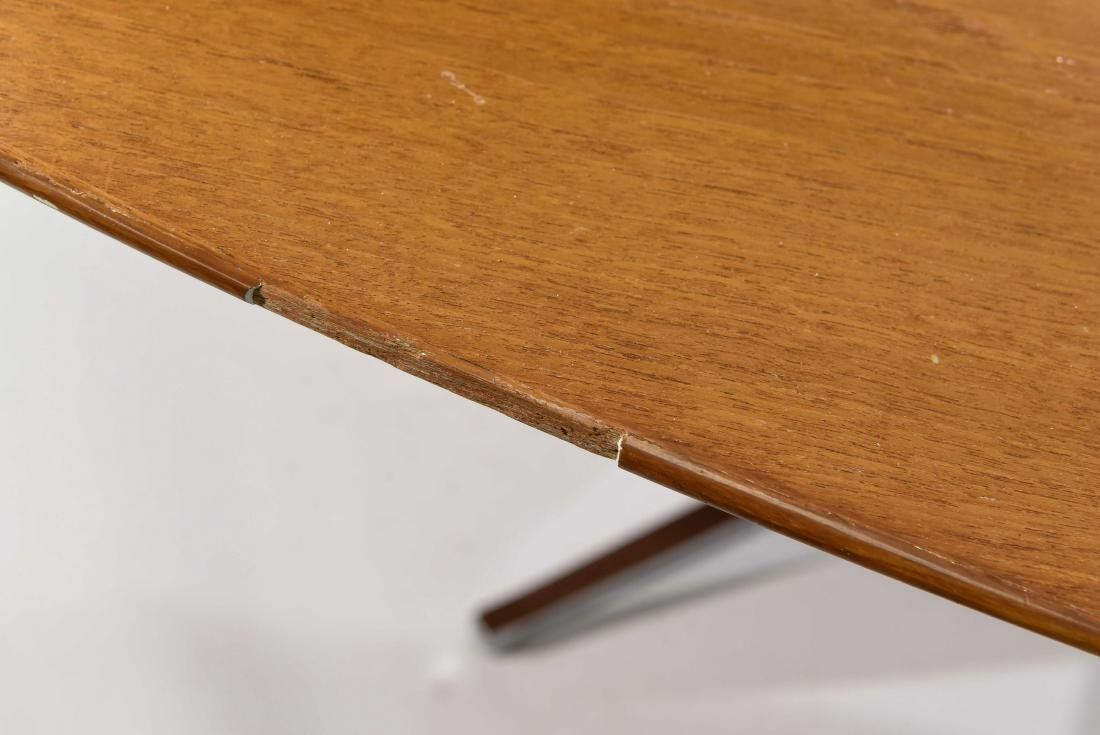 KNOLL CONFERENCE TABLE - 7