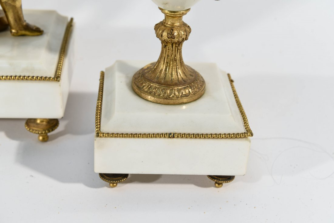 MARBLE AND BRASS CLOCK SET WITH URNS - 5