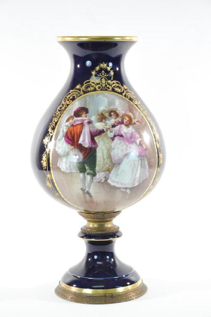 LATE 19TH C. HAND PAINTED LIMOGES URN