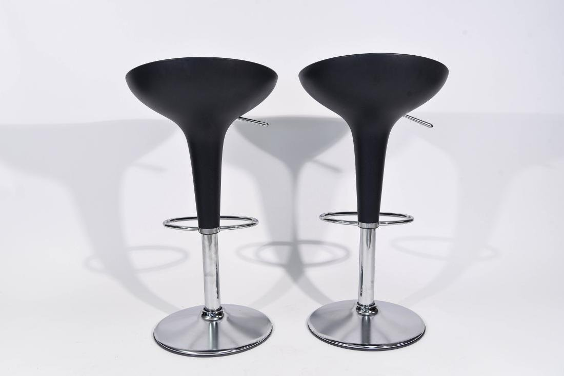 PAIR OF CHROME MAGIS BAR STOOLS - 7
