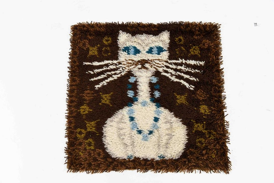 DANISH RYA RUG W/ CAT