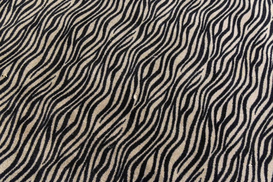 LARGE CONTEMPORARY HIDE PATTERN RUG - 5