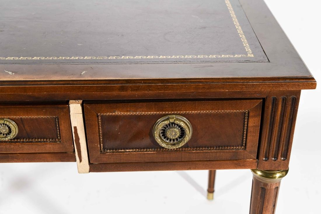 BAKER FURNITURE CO. FRENCH STYLE LEATHER TOP DESK - 2