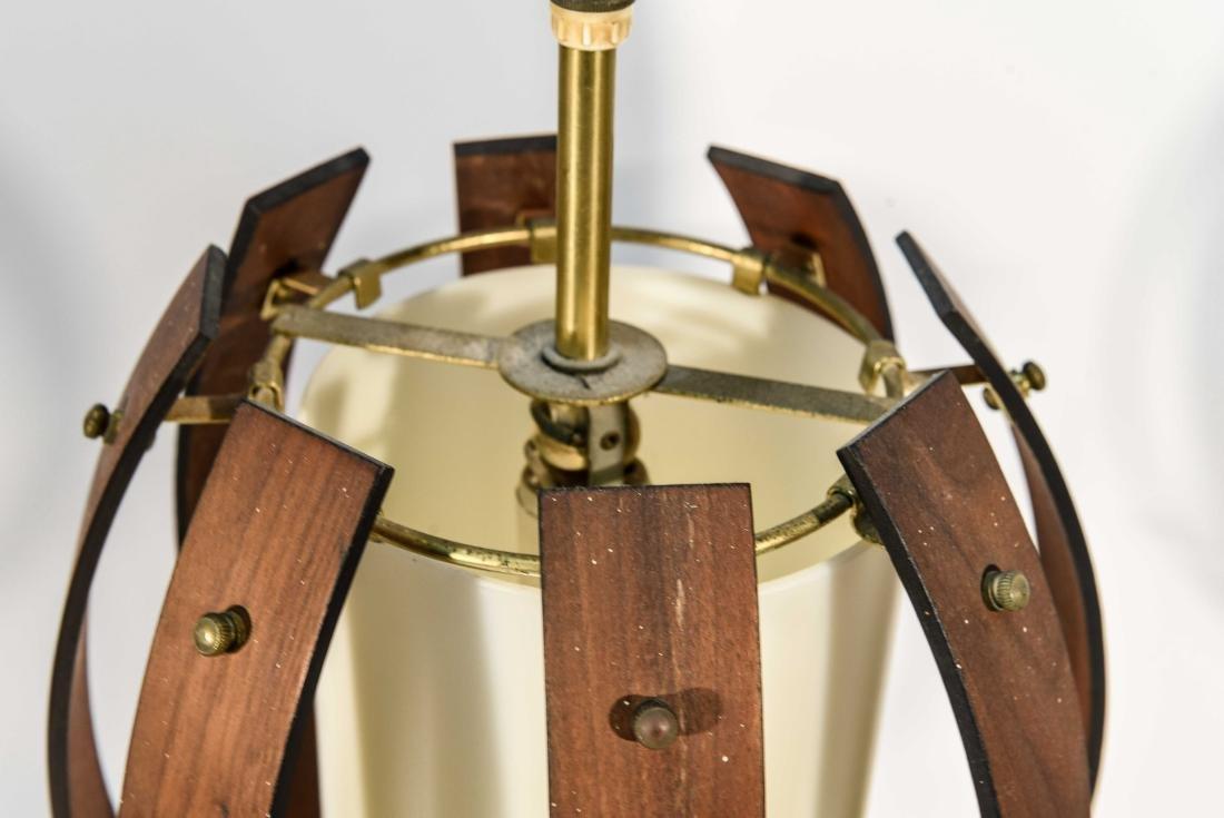 PAIR OF MID-CENTURY BENT WOOD PENDANT LAMPS - 3