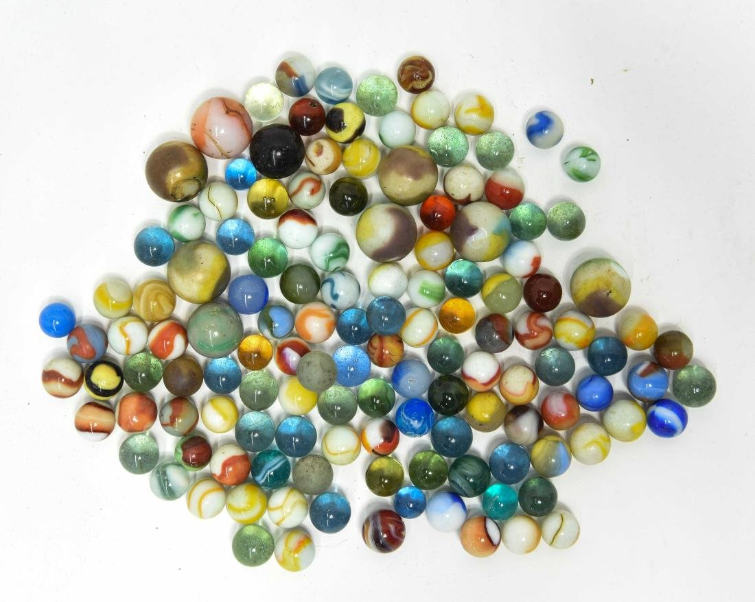COLLECTION OF VINTAGE & ANTIQUE MARBLES