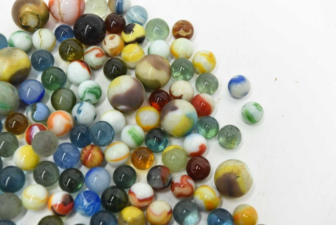 COLLECTION OF VINTAGE & ANTIQUE MARBLES - 3
