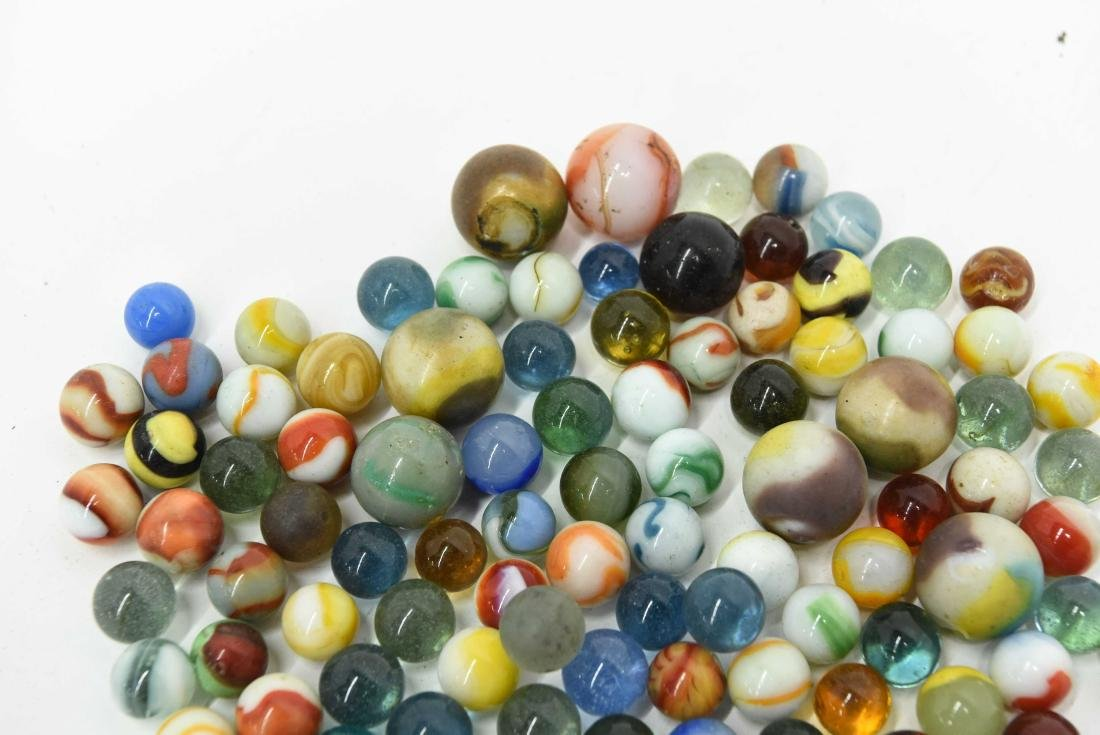 COLLECTION OF VINTAGE & ANTIQUE MARBLES - 4