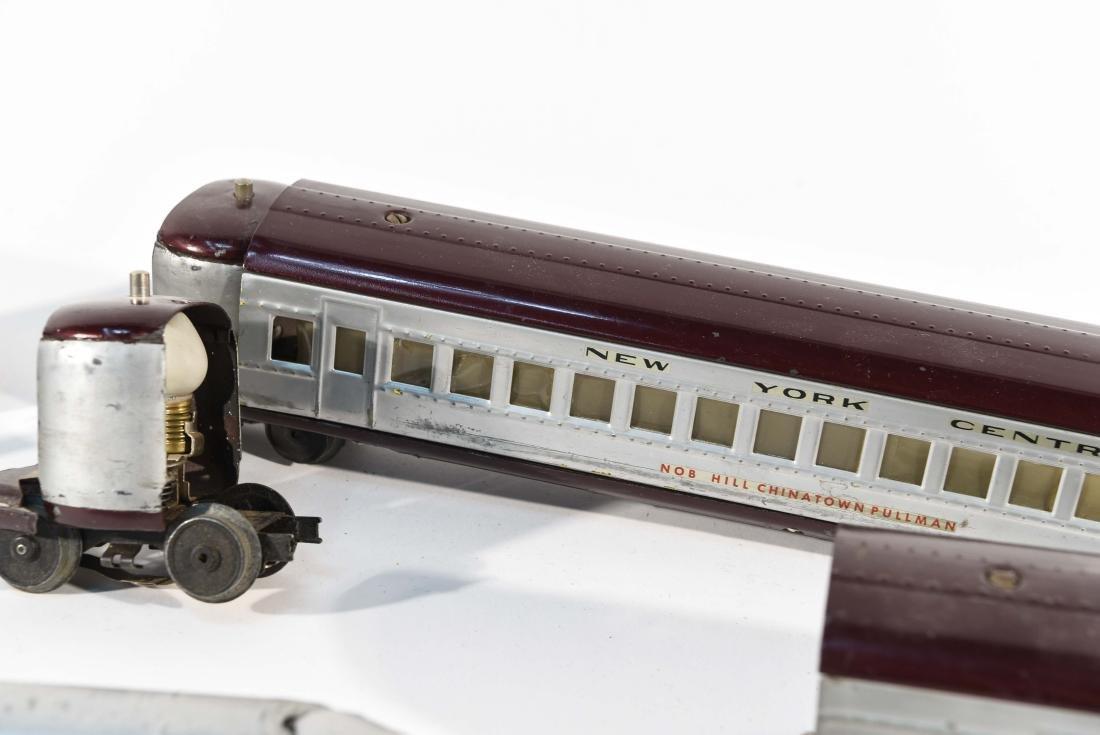 STREAMLINE TOY TRAIN SET, C.1940 - 7
